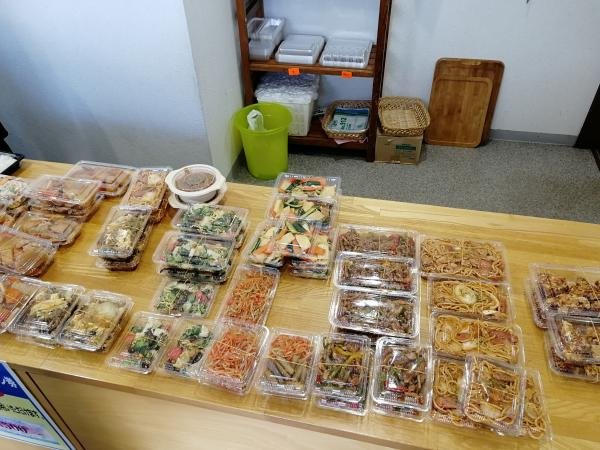 『飯野屋惣菜』の画像